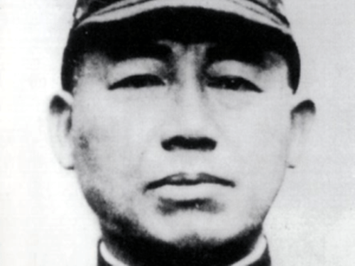 facts about kamikaze pilots: Admiral Onishi; father of the kamikaze pilots