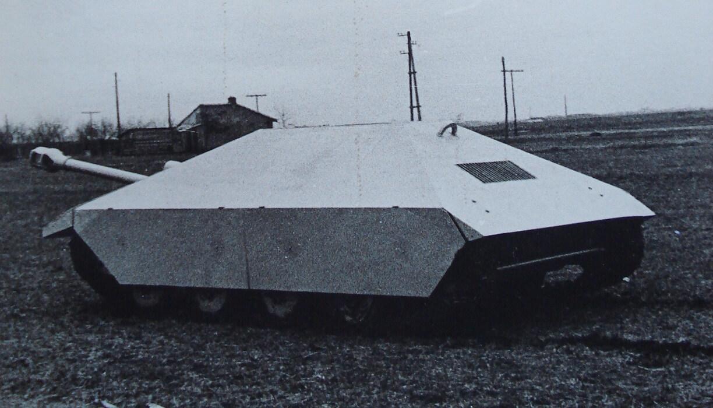 Maresal M-00 prototype, wood model